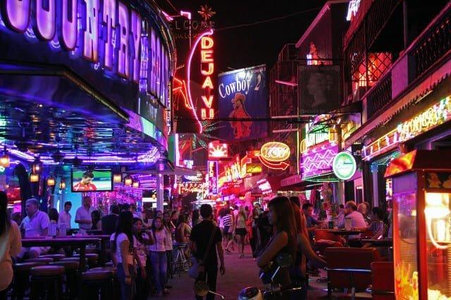 Viaggiare in Thailandia: la vita notturna thailandese