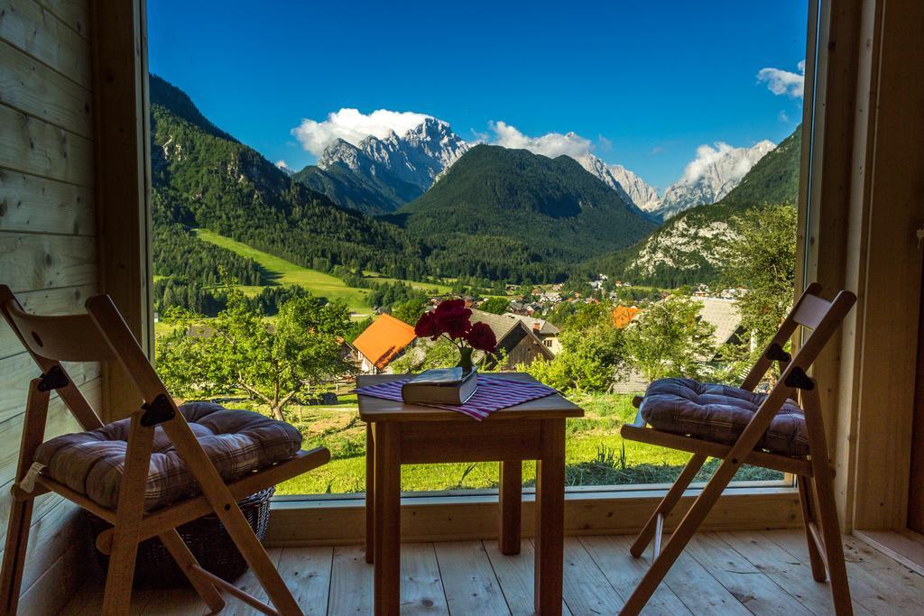 mountain-view-glamping
